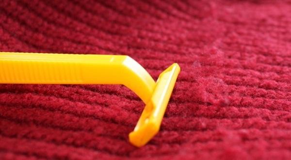 Tẩy băng dính trên vải